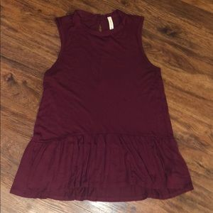 Burgundy sleeveless baby doll top size small